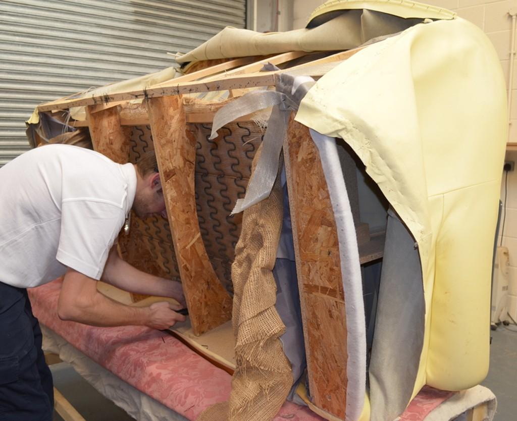 sofa repair in Dubai