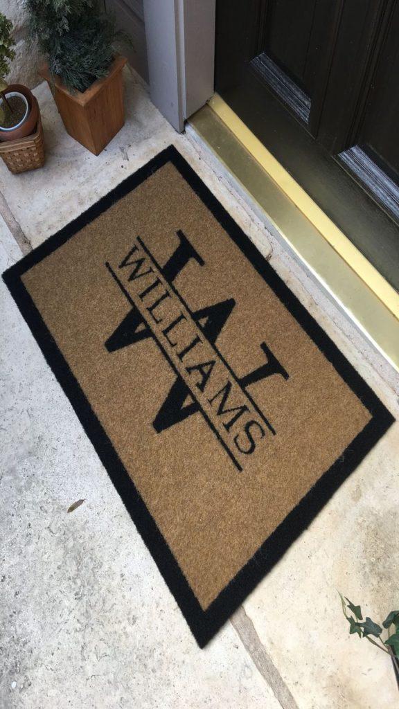 Custom logo mats Dubai