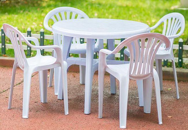 Wooden furniture Or plastic Furniture