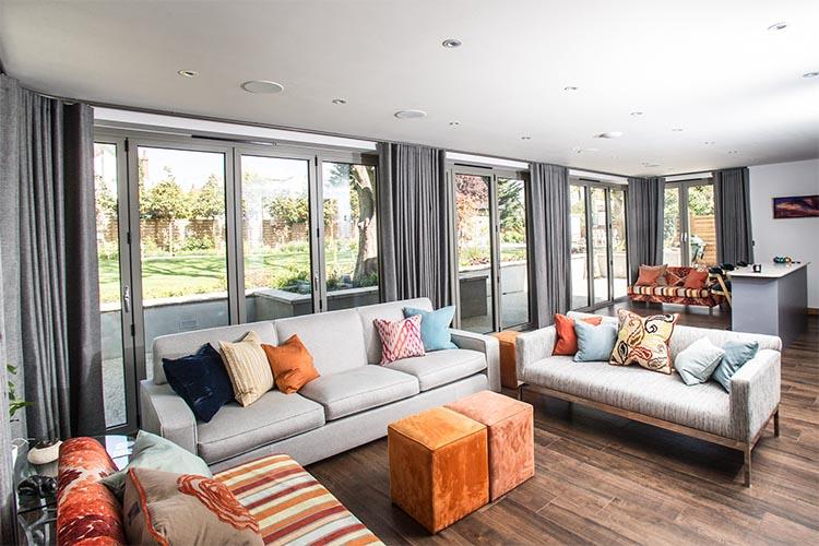 Made to Measure Living Room Curtains Dubai