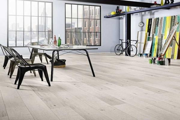 laminate flooring Abu Dhabi