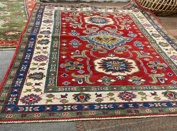 handmade rugs dubai